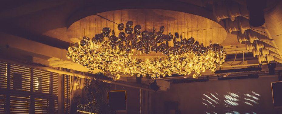 Программа на майские праздники в городе: предложения ресторанов Москвы и Санкт-Петербурга в обзоре редактора раздела «Еда» Ольги Соболевой
