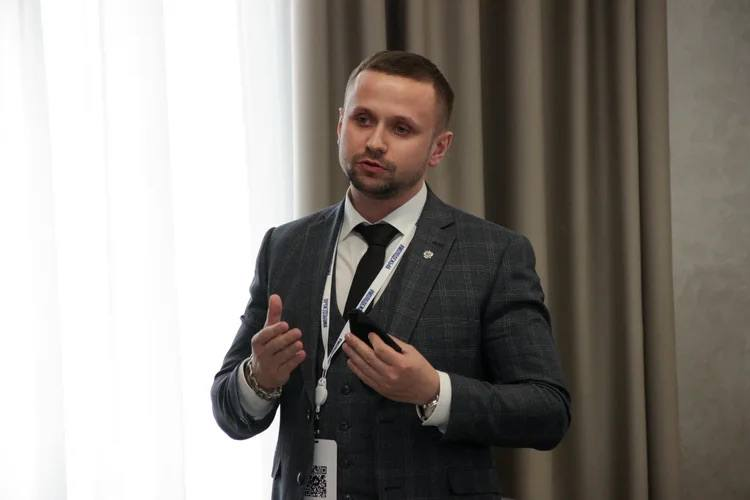 Александр Солонкин